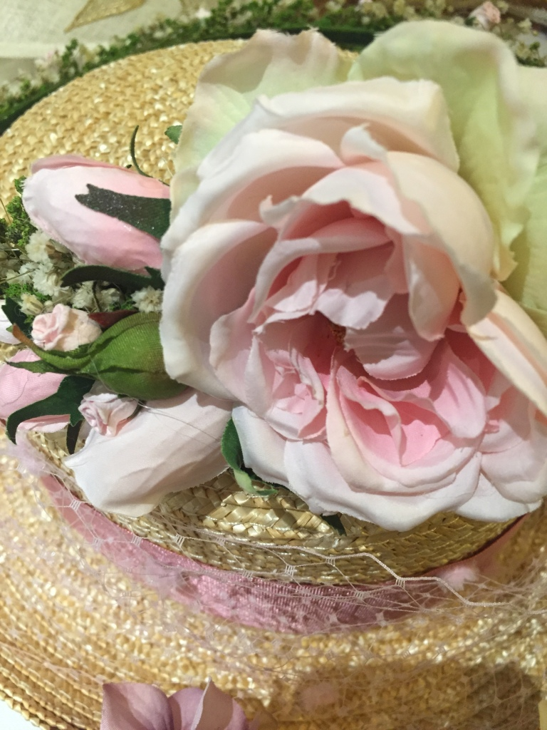 chistera-flor-en-tonos-pastel_apple-nelken