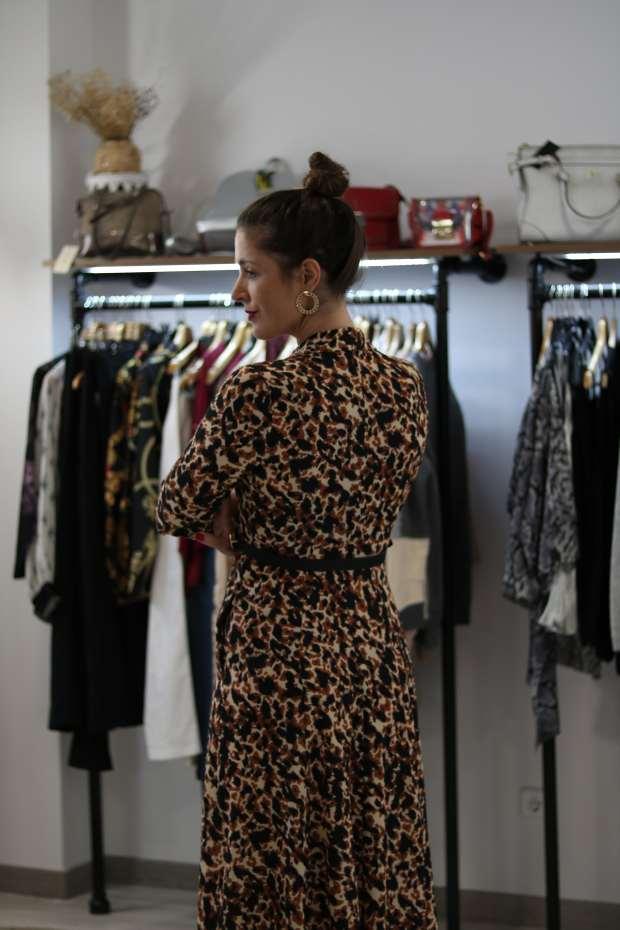vestido camisero animal print