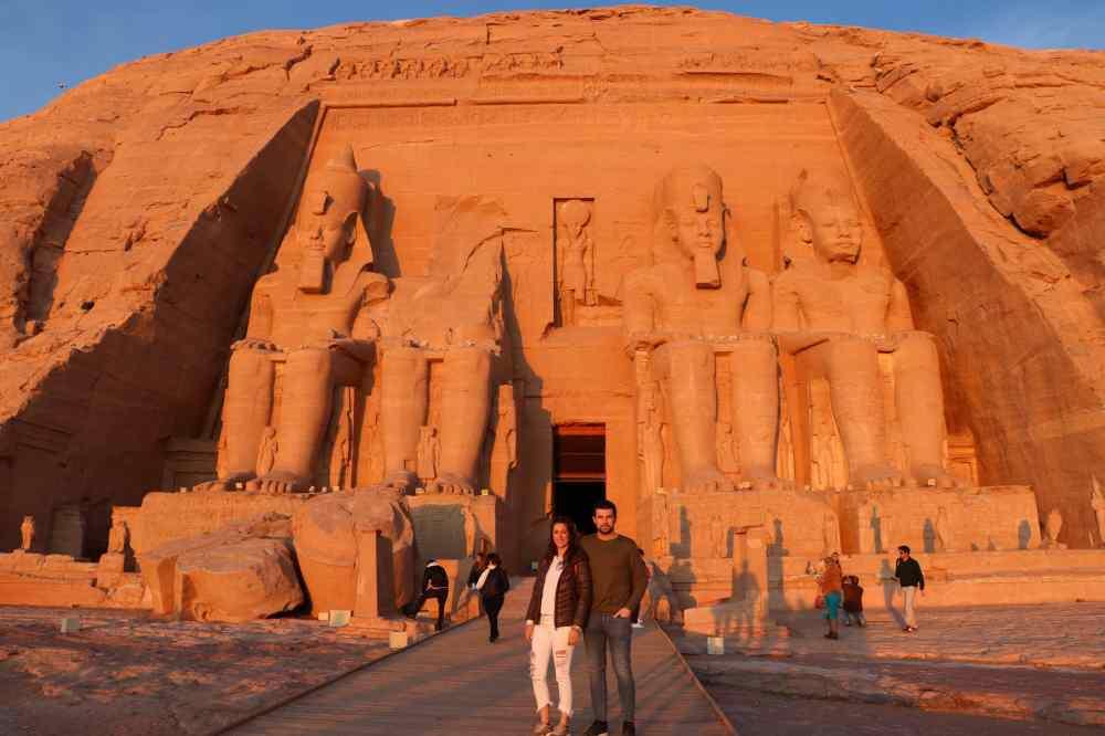 Amenece en Abu Simbel