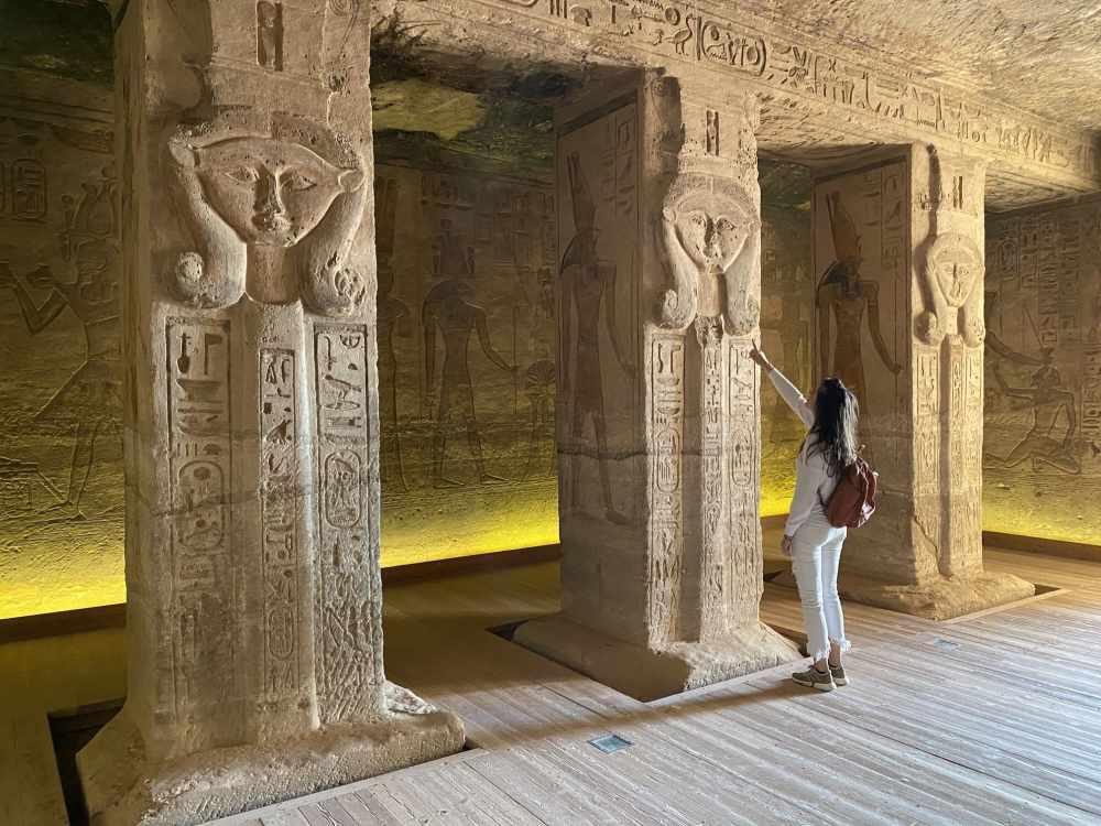Interior del Templo de Nefertari